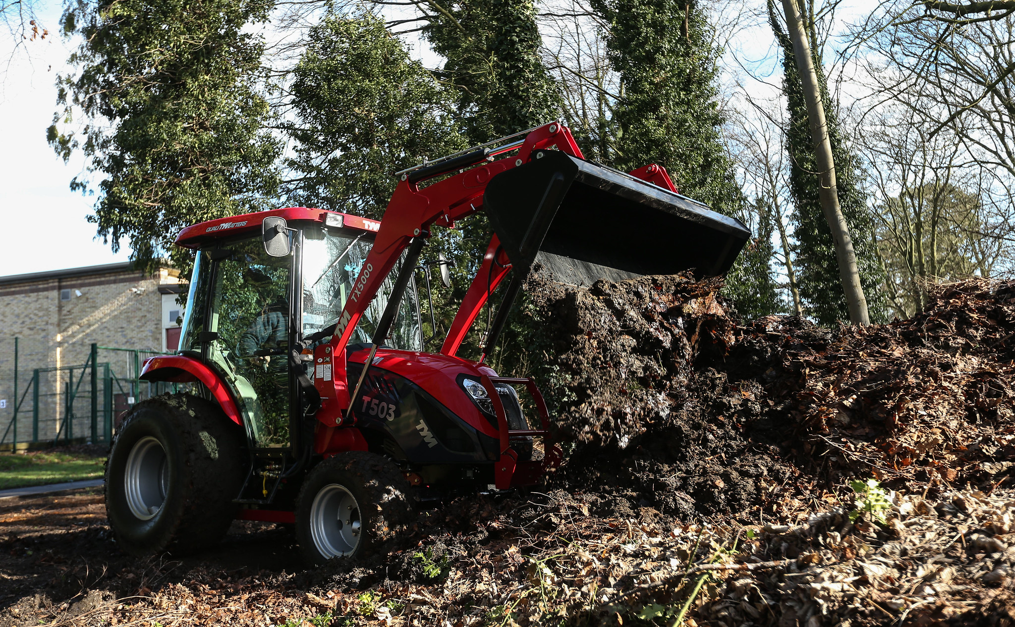 Buying compact tractors
